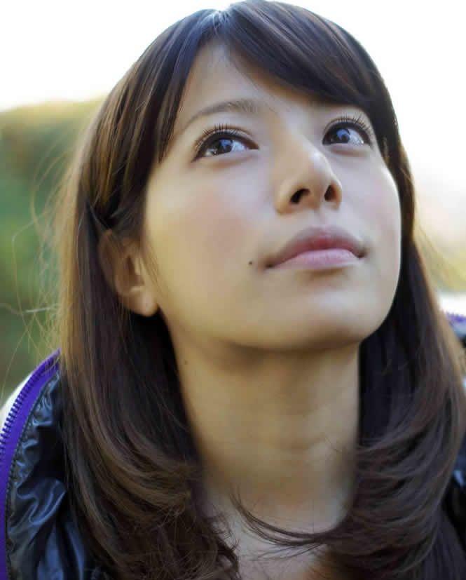 桜井ユキの実家を1分で解説!熱愛彼氏の噂は?
